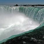 6. Niagárské vodopády, Severní Amerika.